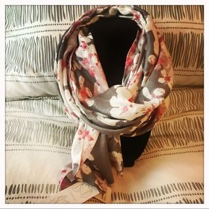 Gray/Pink/White Floral Summer Scarf NWT